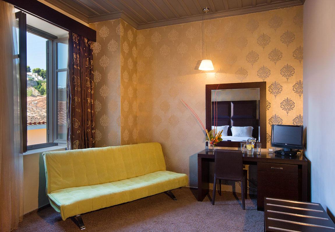 aion-hotel-superior-a5-b5-2.jpg