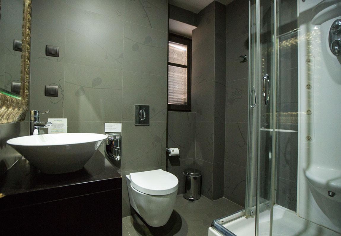 aion-hotel-superior-a5-b5-7.jpg